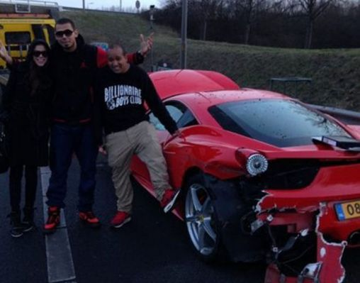 Ferrari 458 Italia wrecked in a few hours after purchase