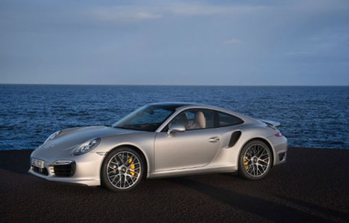 2014 Porsche 911 GT2 is going to debut at 2014 Geneva Auto Show