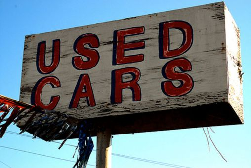 Tips on Getting a Carfax Report Before Buying a Used Car