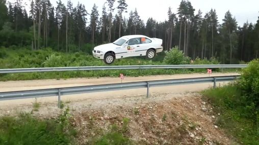 Flying BMW M3 E36: One of the most craziest jumps ever