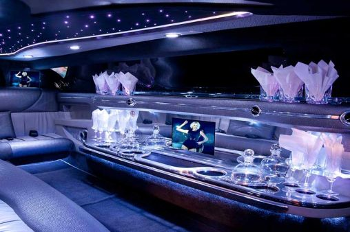 Why Should You Ride In a Limousine at Least Once?
