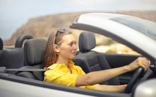 5 Irresponsible Driving Habits You Need To Stop Now!