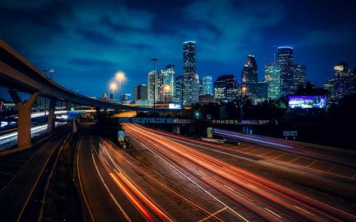 Avoiding Distracted Driving Car Accidents in Houston