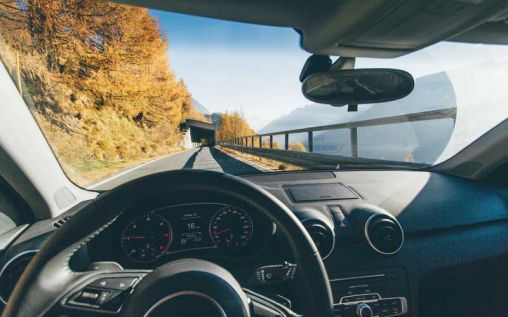 5 Tools To Keep You Safe While Driving